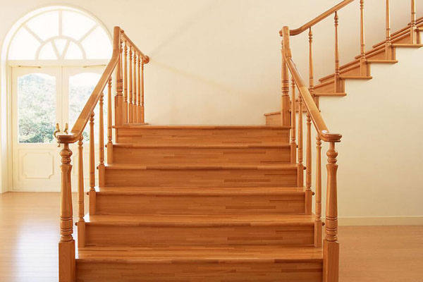 樓梯扶手設計效果圖欣賞—橡木樓梯扶手設計